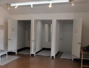 更衣室(3)