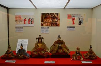 『「博物館の雛人形」展示風景』の画像