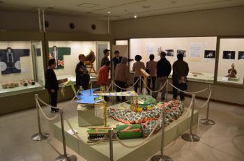 『ミニ講座(3月25日)展示室にて』の画像