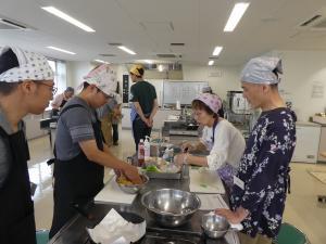 『令和元年度 男性料理教室の様子』の画像
