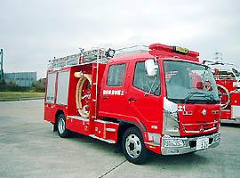 水槽付消防ポンプ自動車 2000リットル