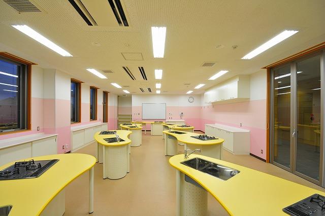 『新治地区公民館(新館)調理実習室』の画像
