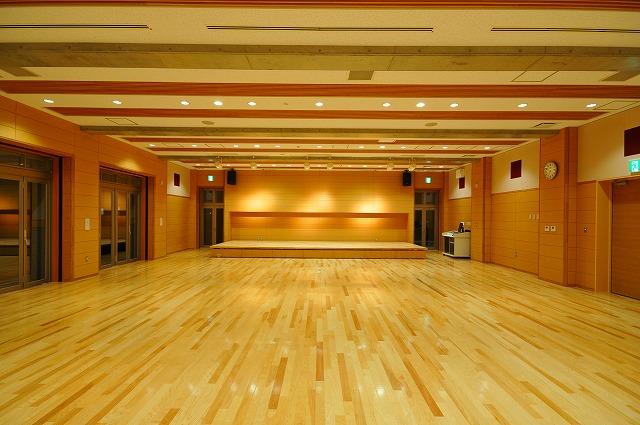『新治地区公民館(新館)集会室』の画像